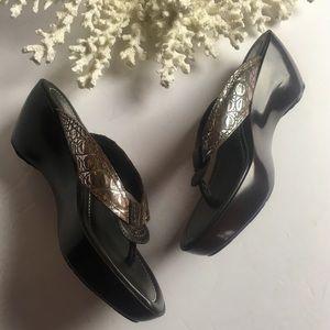 Donald J Pliner NEW Coryna Leather Croc Sandal